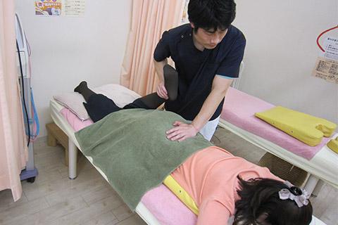 股関節、足関節矯正